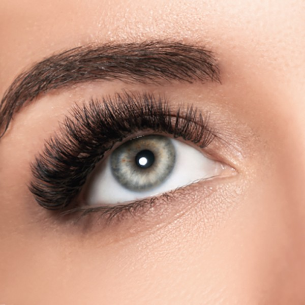 13.12.2021: Lashes & More